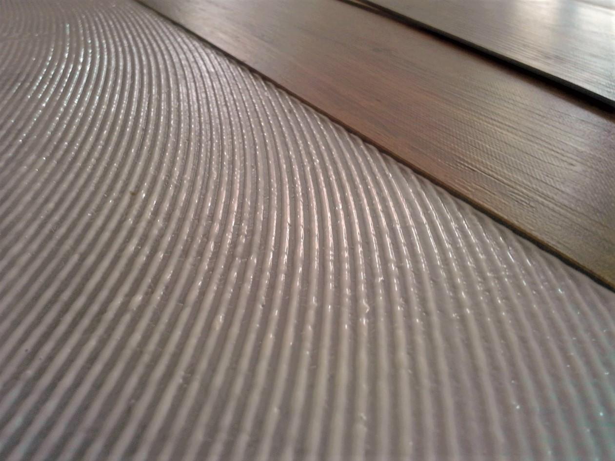 Vinylová podlaha určená k lepení